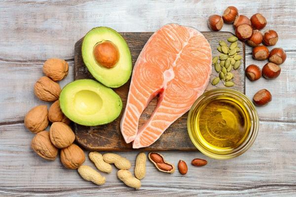 8 เทคนิคลดพุงทันใจ แบบสุขภาพดี ไม่โยโย่  - ทานอาหารที่มีไขมันไม่อิ่มตัวเชิงเดี่ยว